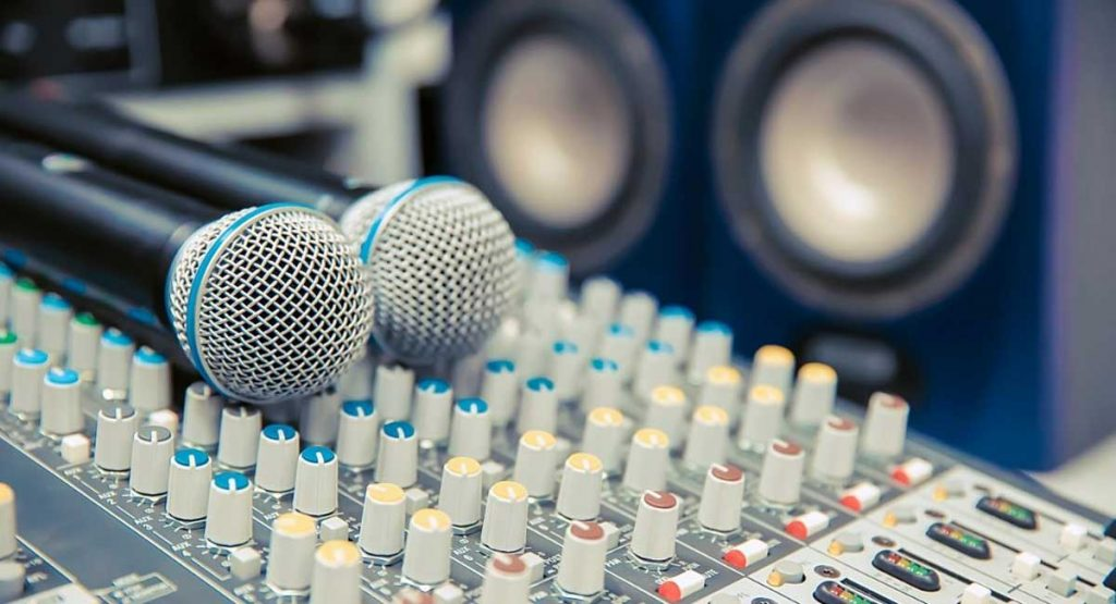 Everything You Want To Know About Karaoke Machines